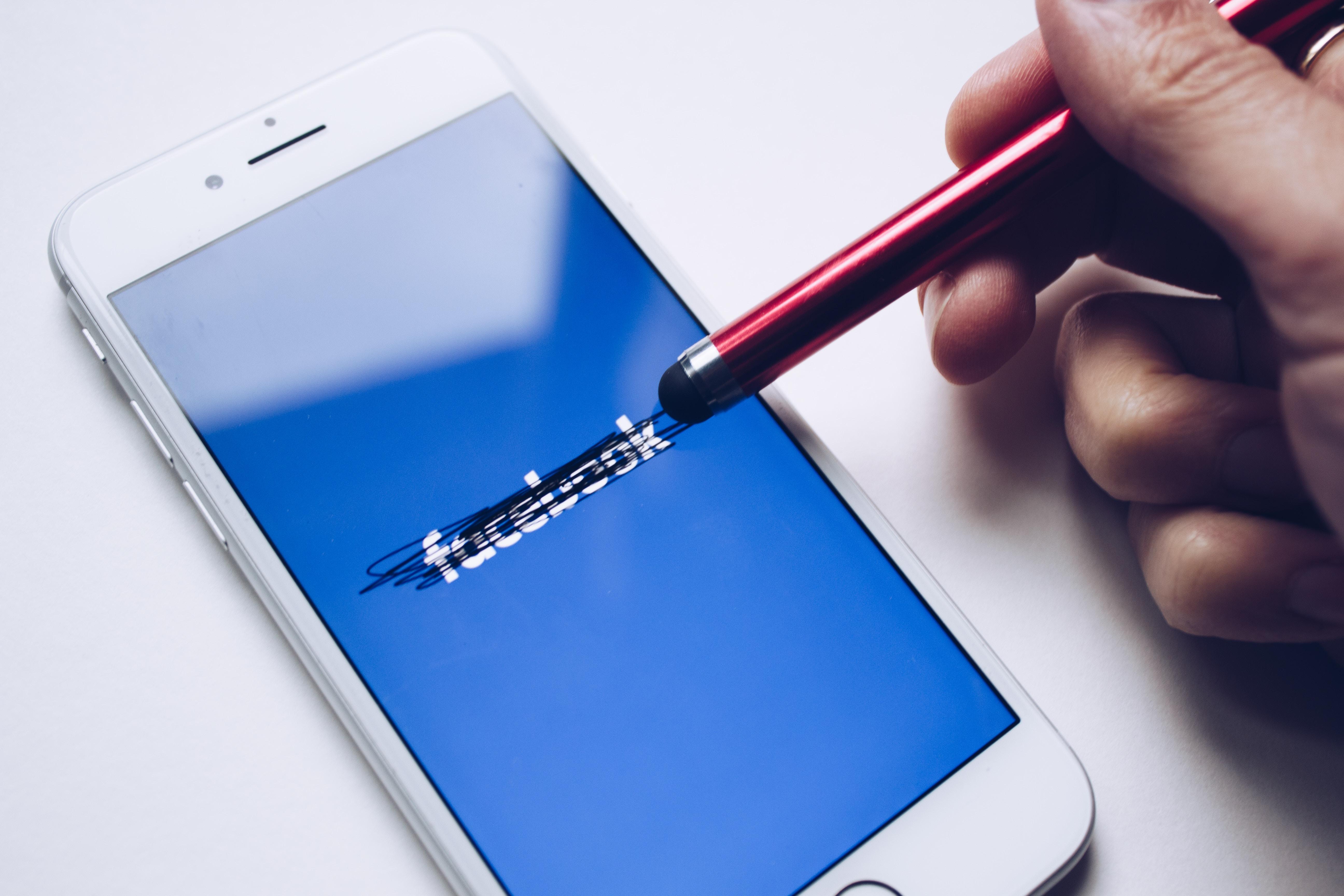 Cai o alcance orgânico do Facebook e isto pode lhe afetar
